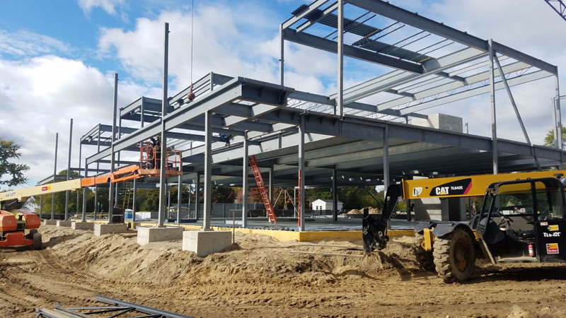 construction of new Western Golf and Country Club clubhouse